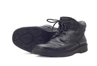 melhor tipo de calçado  sapato pé bota preta trabalho
