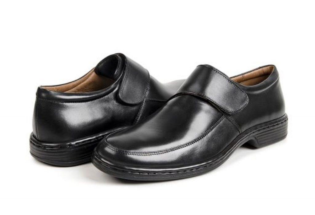 Sapato social sob medida da Pés Sem Dor com feixo.